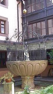 nuernberg ahade hanselbrunnen der hansel ist die aelteste